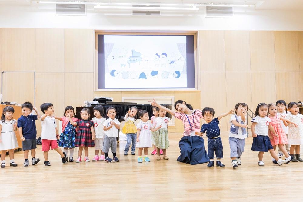0歳からのおやこのためのダルクローズ ・リトミック教室「おとふぃる」(音のふぃるはーもにー) オンライン教室