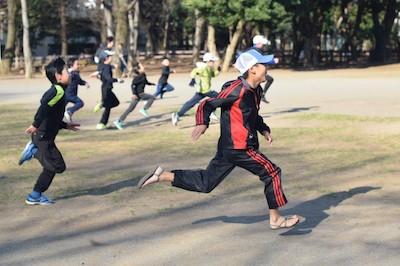 世田谷の運動クラブ!外遊び、かけっこ、忍者修行のゴーワイルド 砧公園ゴーワイルドアカデミー