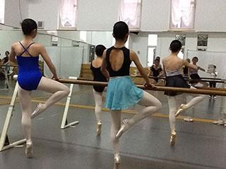デルフィネス バレエ Kei スタジオ(Delfines Ballet Kei Studio)