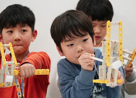 小学生向けプログラミング教育スクール「STEMON(ステモン)」三宿校