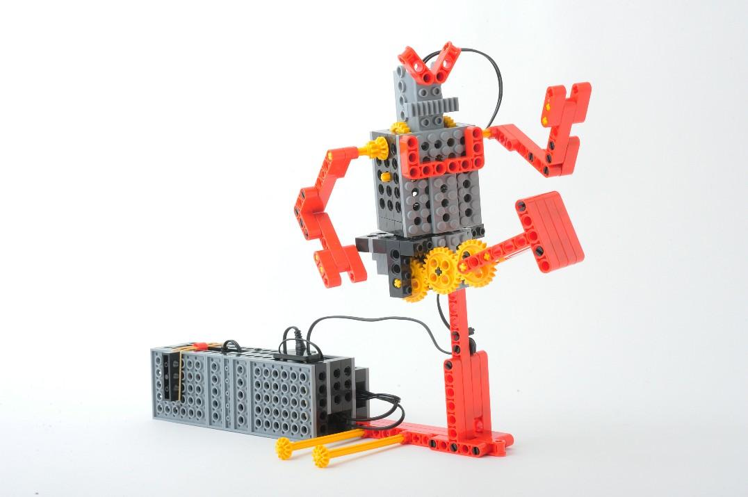 ヒューマンアカデミーロボット教室 文京目白台 同仁会館内