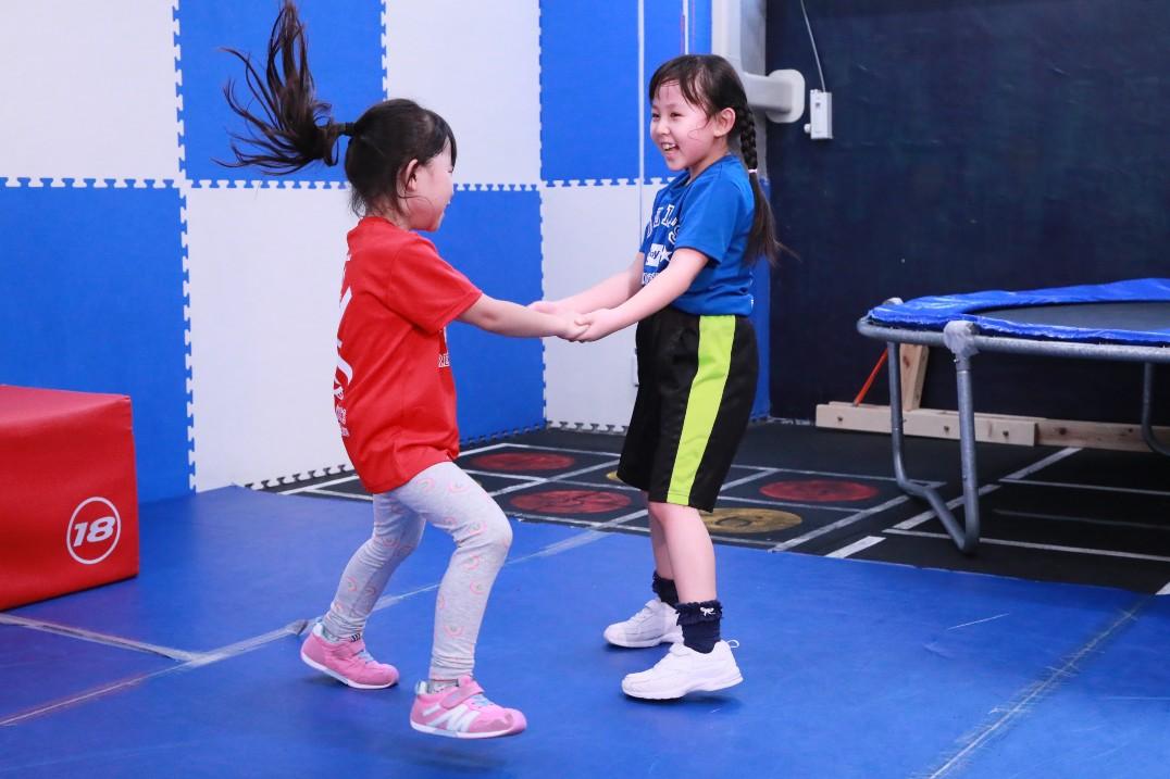 【ゴールドキッズスポーツクラブ】体操教室/アスリートトレーニング/レスリングクラブ ゴールドキッズ荻窪ジム