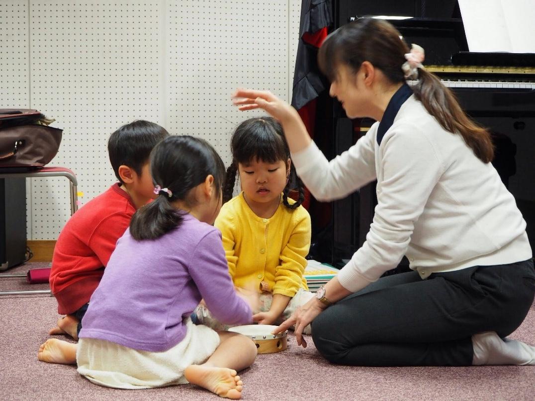 どれみでじゃんぷ!リトミック&ピアノ教室