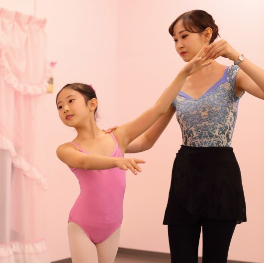 T.A.バレエ (Tiara.Aurora.Ballet ティアラ・オーロラ・バレエ) 高田馬場新スタジオ